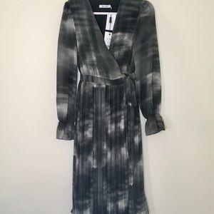 NA-KD Tie Dye Midi Pleated Dress Black SZ 6